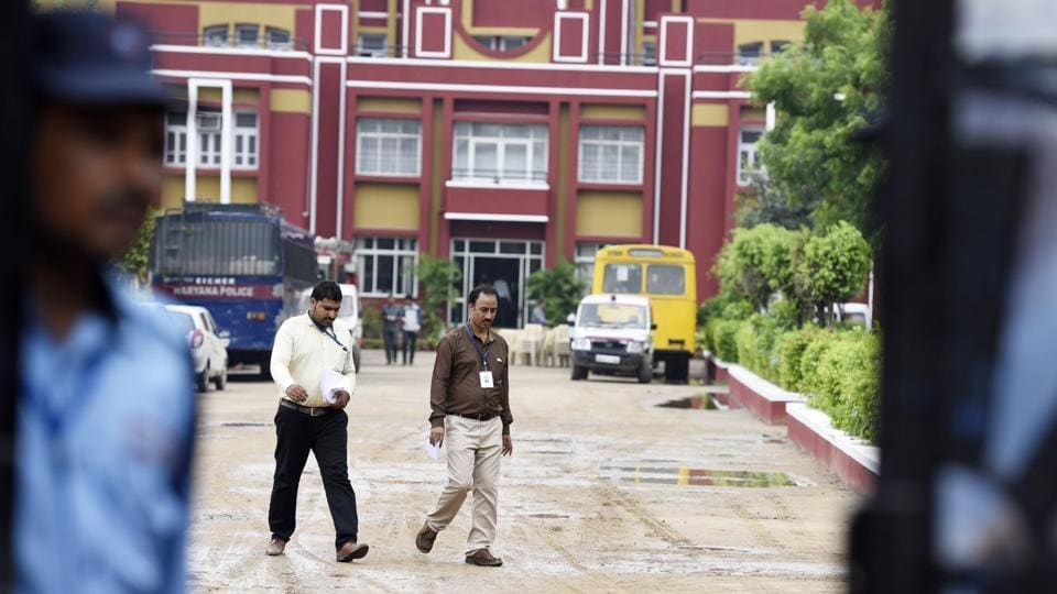 CBIrepeatedly questioned the three teachers who were among the first ones seen rushing to the crime spot.