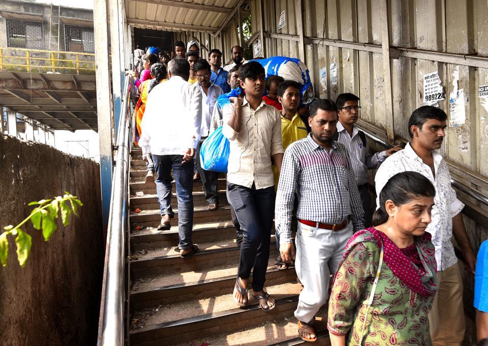 Mumbai stampede,Elphinstone,KEM Hospital