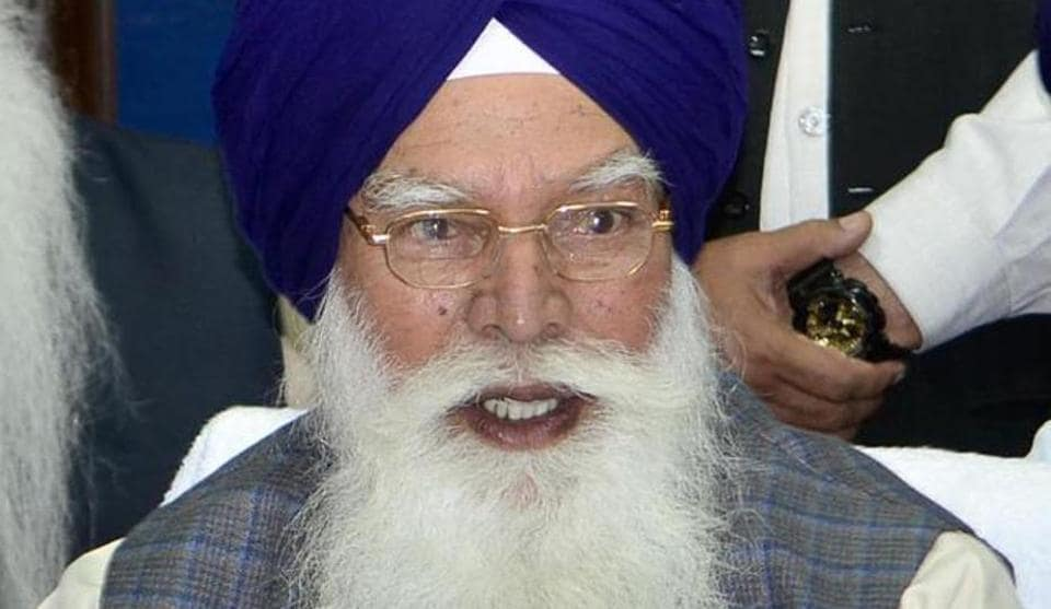 SGPC president Kirpal Singh Badungar's latest statement can be seen as his move to counter the Congress government.