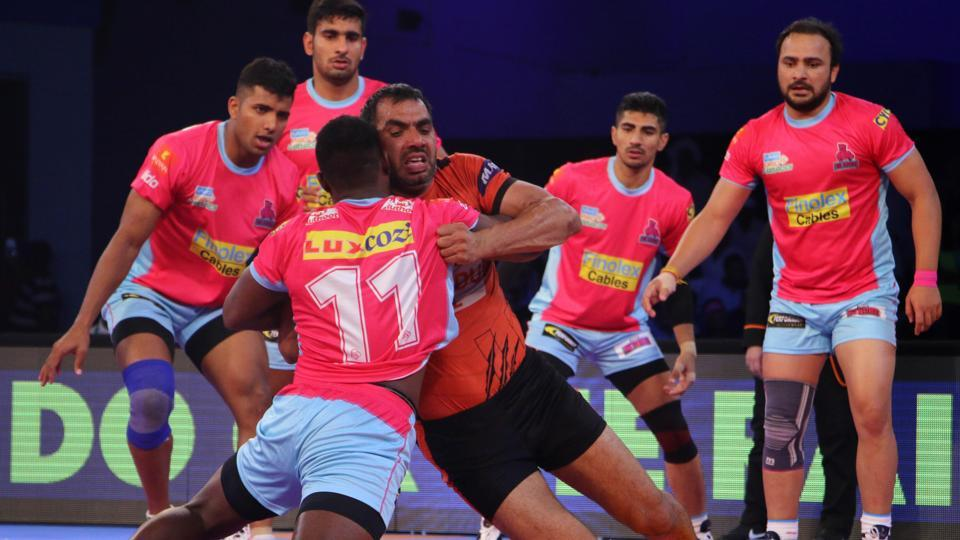 Power-packed action from the Jaipur Pink Panthers vs U Mumba amtch in Pro Kabaddi League (PKL) on Saturday.