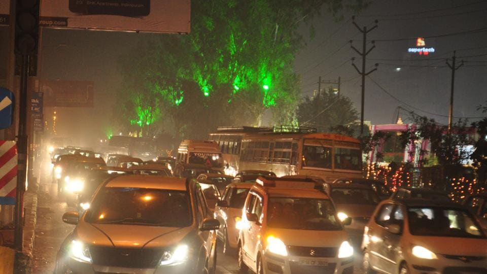 Traffic jams along NH-24, Link Road and Sahibabad industrial area, where there are many banquet halls and farmhouses, are a permanent feature.