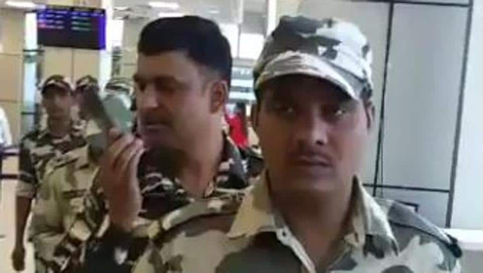 CRPF jawans at the Jammu airport got a hero's welcome from the crowd, which burst into a round of applause for them.