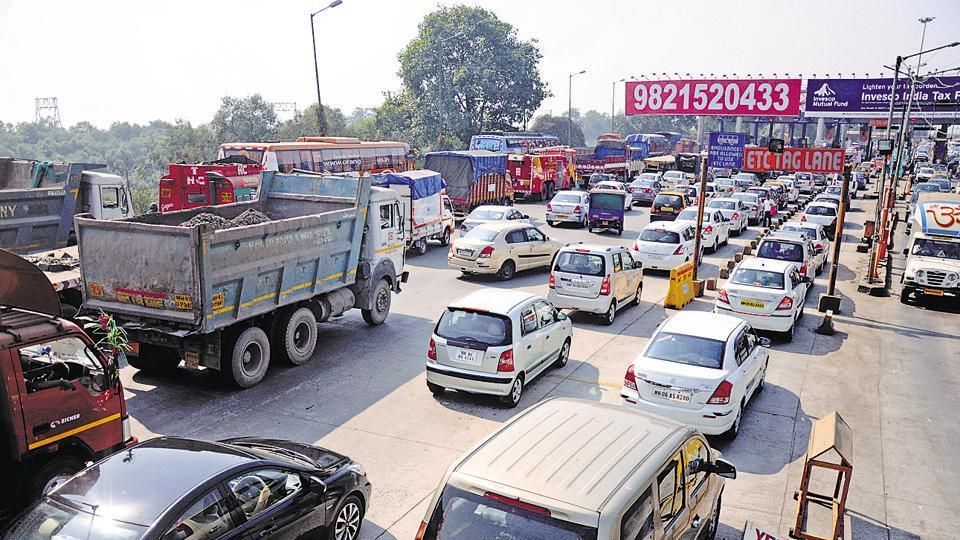 Mumbai's transport authorities are planning to include toll payments  in the yet-to-be-launched transport card, which can help reduce long waiting at the city's entry/exit points.