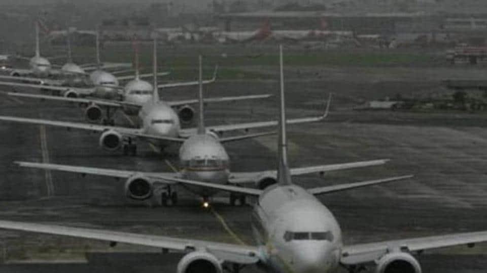 Mumbai,Mumbai airport,Mumbai airport main runway