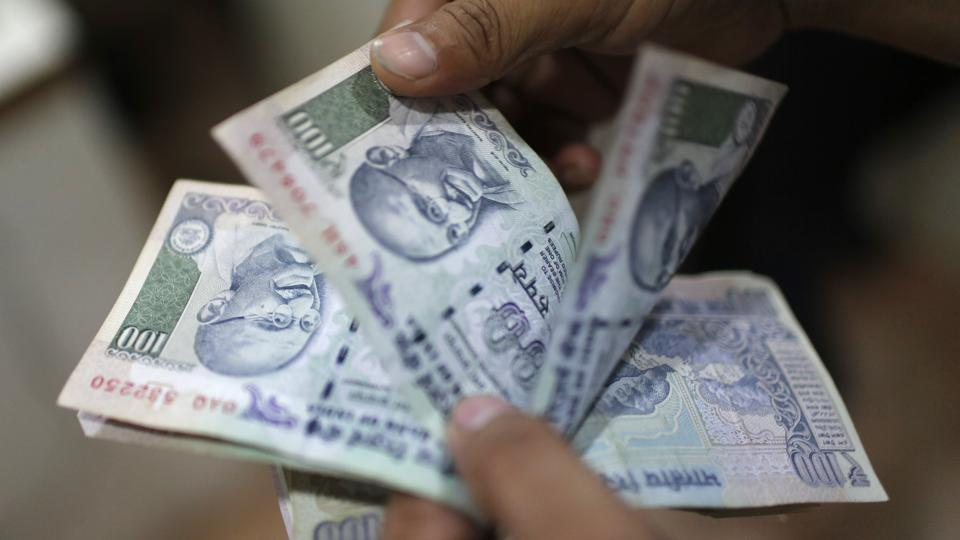 Rupee,Dollar,US currency