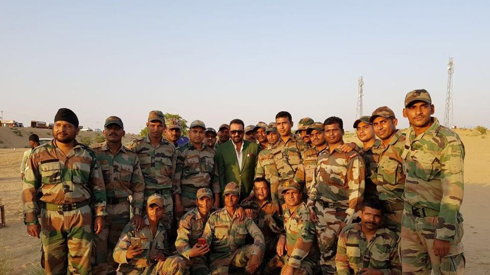 Sanjay Dutt, who is currently shooting for Tigmanshu Dhulia's Saheb Biwi Aur Gangster 3, met soldiers.
