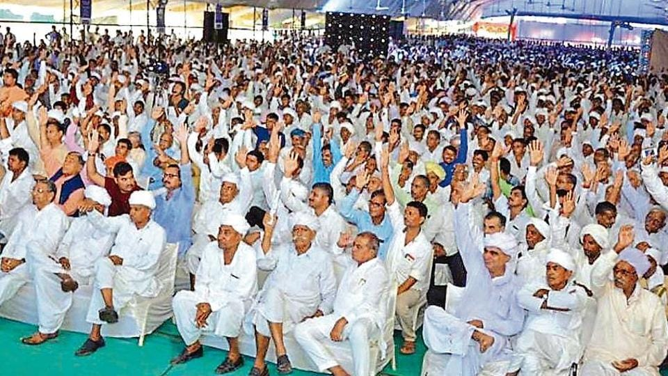 According to a farmers' welfare leader, many people in rural areas lost jobs in small and medium sectors after demonetisation. This could affect the BJP's prospects in Gujarat.