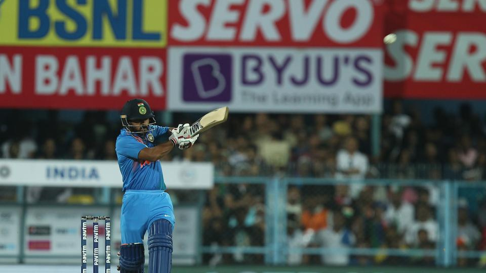 Kedar Jadhav tried to steady the innings but lost his wicket for 27.  (BCCI )