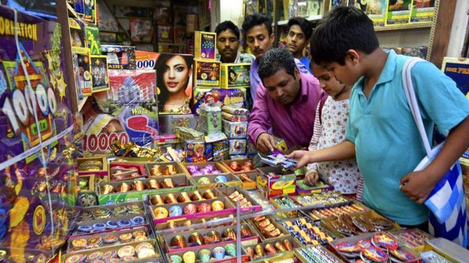 Delhi news,Delhi crackers,Ban on fire crackers