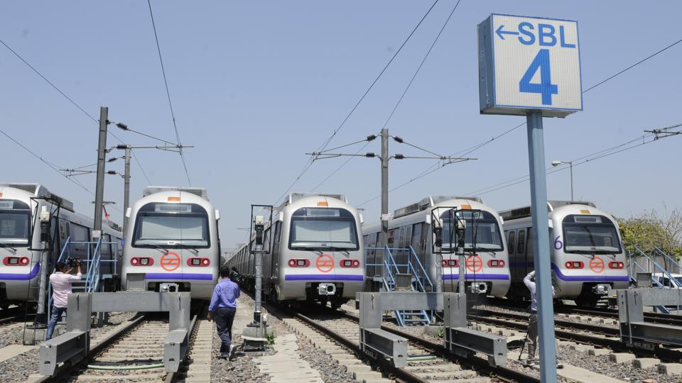 Delhi metro,Delhi metro fare hike,Air India