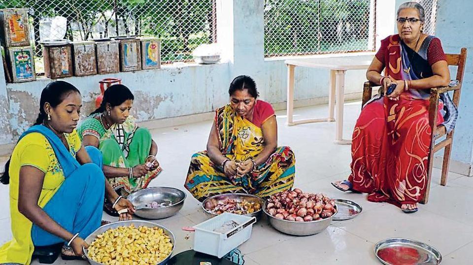 Sakhi Mandals,Women self-help groups,Self-help groups