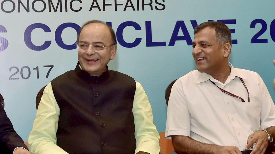 Outgoing expenditure secretary Ashok Lavasa with finance minister Arun Jaitley at the 'Delhi Economics Conclave-2017 ' in New Delhi.
