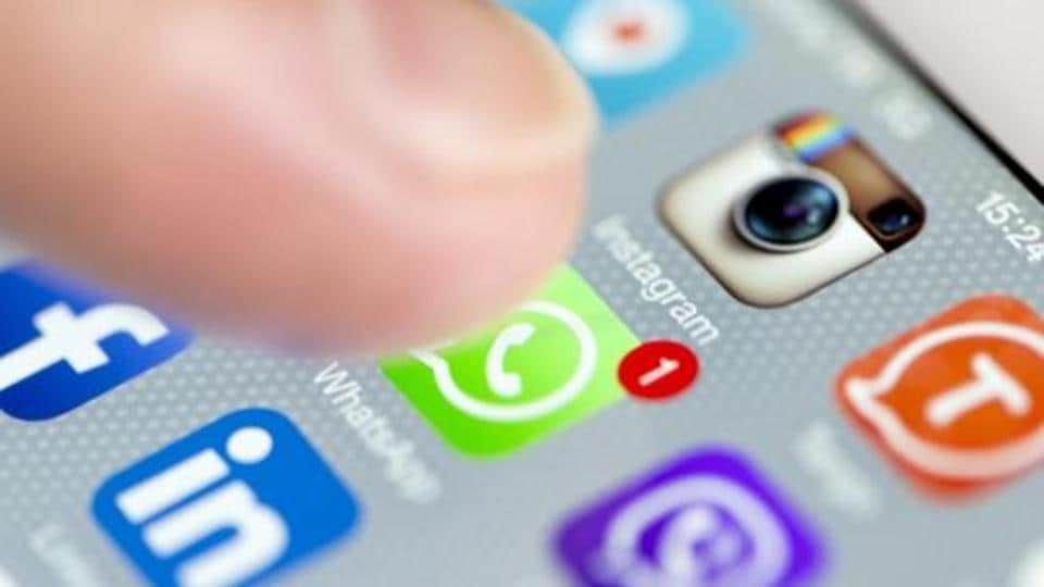 A smartphone screen with social media applications including Whatsapp, Facebook and Instagram.