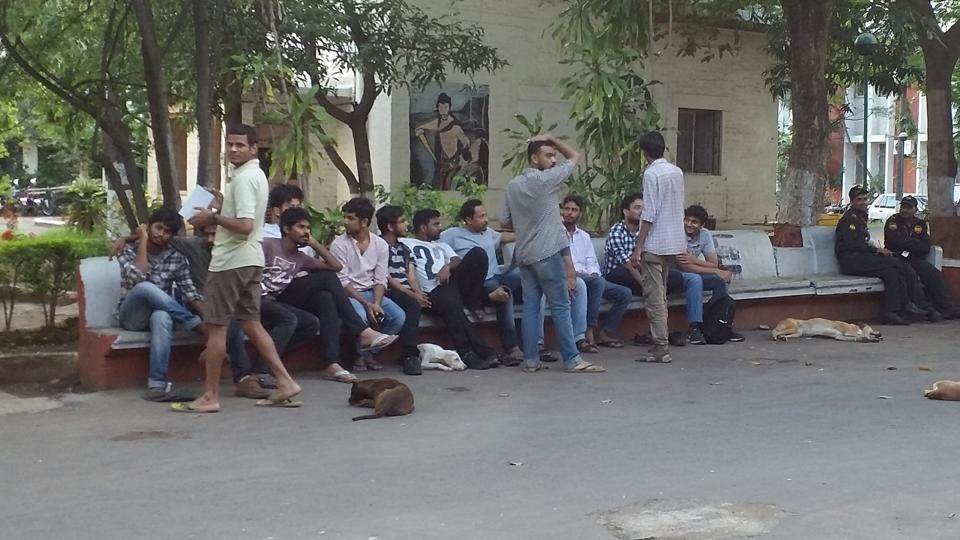 FTII,Anupam Kher,Demands