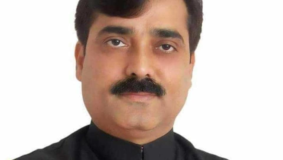 Jibesh Kumar, a 44-year-old BJP legislator from Jalley constituency in Darbhanga, lost his iPhone on Tuesday.