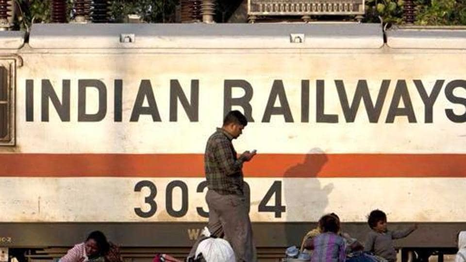 Around 10 pm on Wednesday, the Agra Fort passenger train coming from Agra was directed to an emergency track.