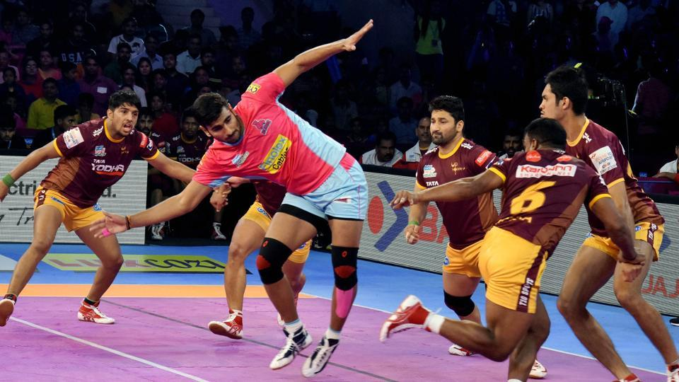 Action from the Jaipur Pink Panthers and UP Yoddha Pro Kabaddi League (PKL) match at Sawai Mansingh Indoor Stadium in Jaipur on Thursday.