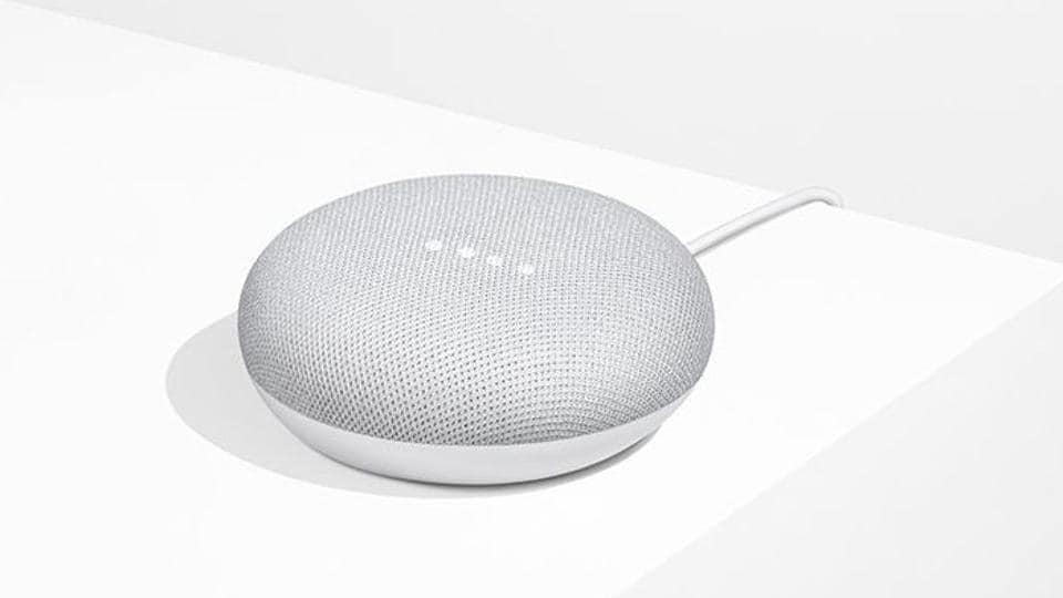 Google rolls out first major update for its Home Mini smart speakers.
