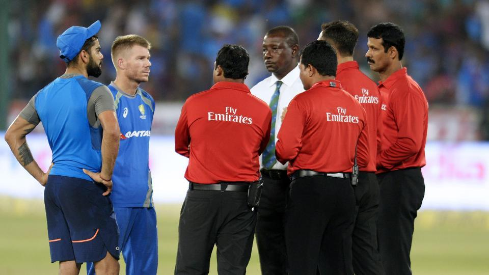 The wet outfield in Hyderabad delayed the start of the India vs Australia game in Uppal. The series is currently tied 1-1.