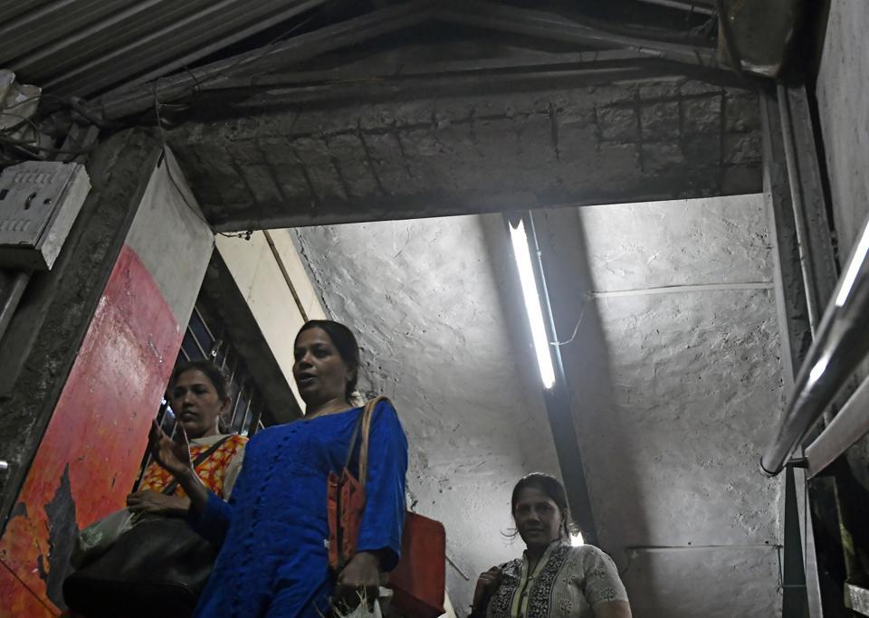 Mumbai,Elphinstone,ceiling