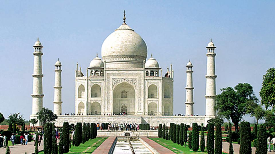 The Archaeological Survey of India (ASI) has put on hold restoration of the Taj Mahal using mud packs to take expert advice.