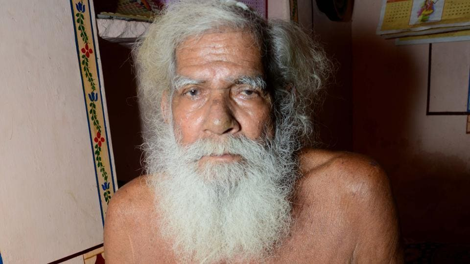 Baba Bajrang Das who is popularly known as Rajasthan's 'mountain man'.