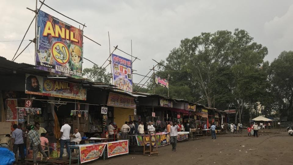 The stalls at Golibar Maidan in Pune were empty on Saturday evening and vendors were seen sitting idle.