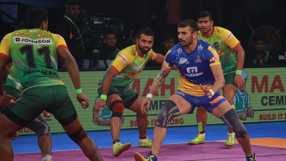 Tamil Thalaivas defeated Patna Pirates 40-37 in Pro Kabaddi League.