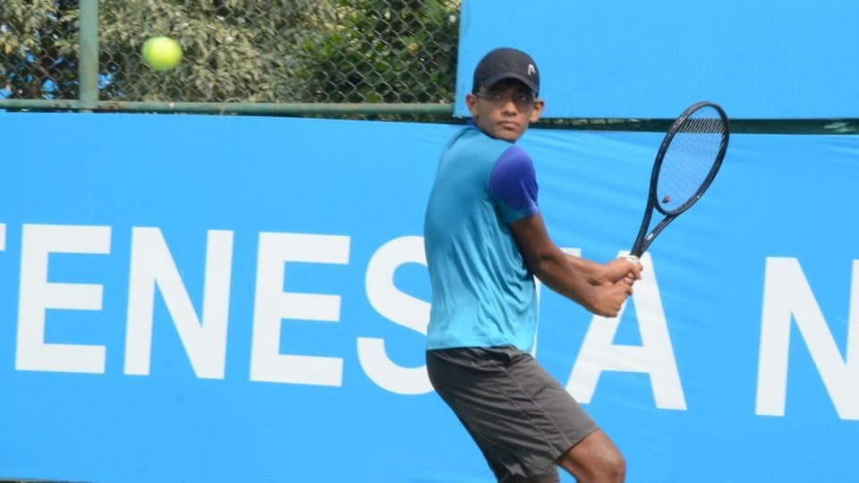 Mann Maulik Shah won the Fenesta Open National Tennis championships in the U-16 boys category with a straight sets win
