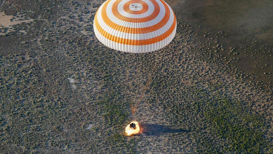 The Soyuz MS-03 space capsule carrying the International Space Station crew of Russian cosmonaut Oleg Novitskiy and French astronaut Thomas Pesquet lands in a remote area outside the town of Dzhezkazgan (Zhezkazgan), Kazakhstan, on June 2, 2017.