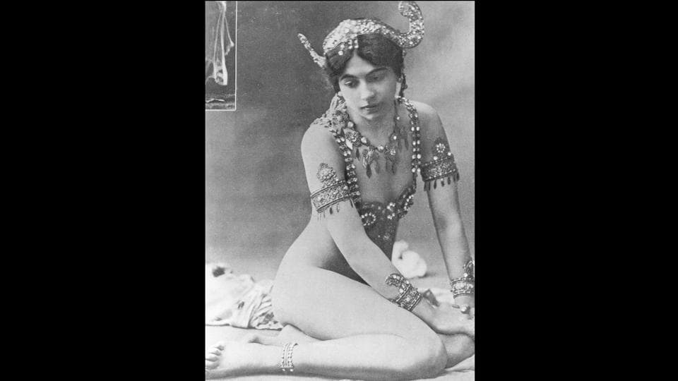 Dutch spy Mata Hari is seen performing during the finale of the Dance of the Seven Veils. The ultimate femme fatale, she has inspired a dozen films, numerous books, historical works, exhibitions and even a ballet by the Dutch National Ballet.  (Walery / Hulton Archive / Getty Images))