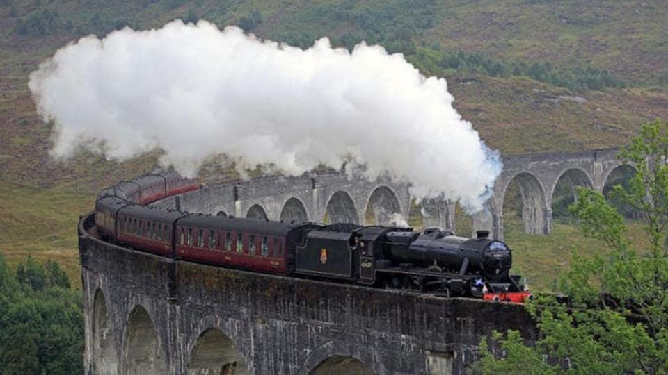 Hogwarts Express,Jacobite steam train,Scotland
