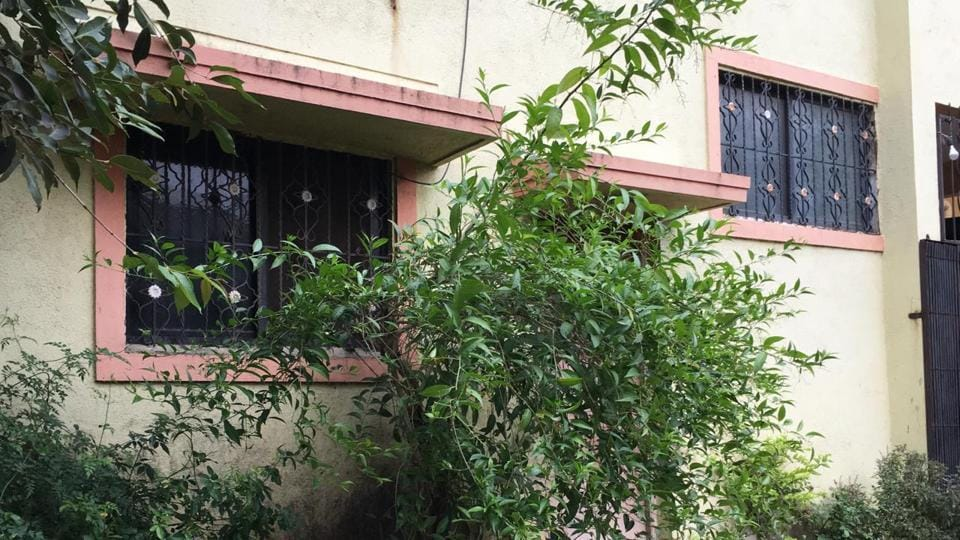 The room where the woman was found dead is located near Khandoba temple in Khandoba Mala area of Lohegaon.
