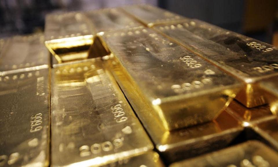 Mumbai airport,gold smuggling,AIU