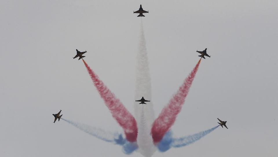 South Korean Air Force's Black Eagles aerobatic team performs during the press day of the 2017 Seoul International Aerospace and Defense Exhibition at Seoul Airport in Seongnam, South Korea on October 16.