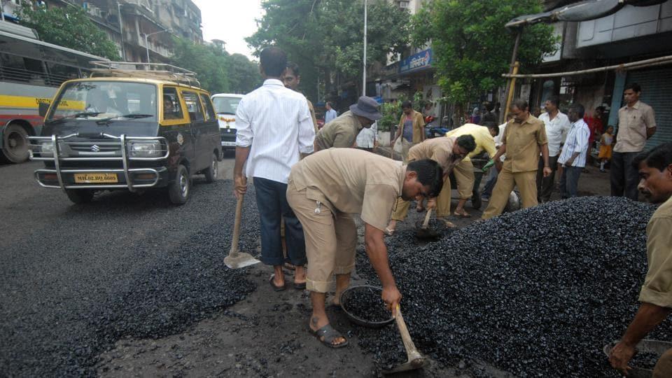 Mumbai,Civic body,Road repair