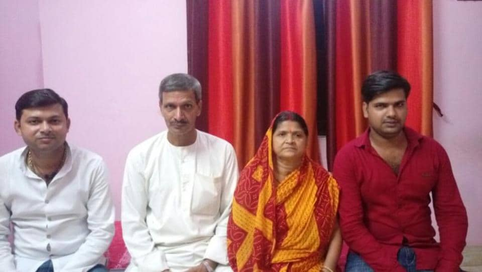 Hrindra Singh (second from left) with his family members after he returned Rs 4 lakh as dowry for the marriage of his son Prem Ranjan Singh (extreme right), in Ara district of Bihar.