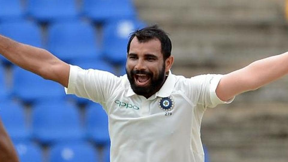 Mohammed Shami and Ashok Dinda gave Bengal a thumping win over Chhatisgarh while Delhi went on top of the group in the Ranji Trophy with a win over Railways