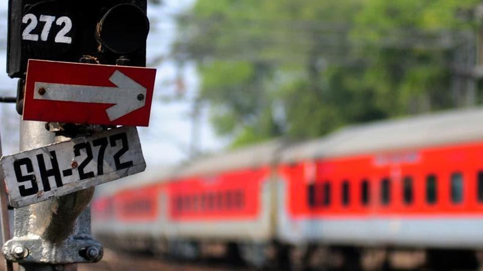 Varanasi,Rajdhani Express,Army jawan molests