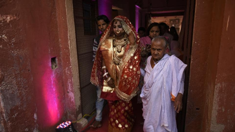 For the widows ushering in the remarriage, this was their Diwali celebration.  (Burhaan Kinu / HT Photo)