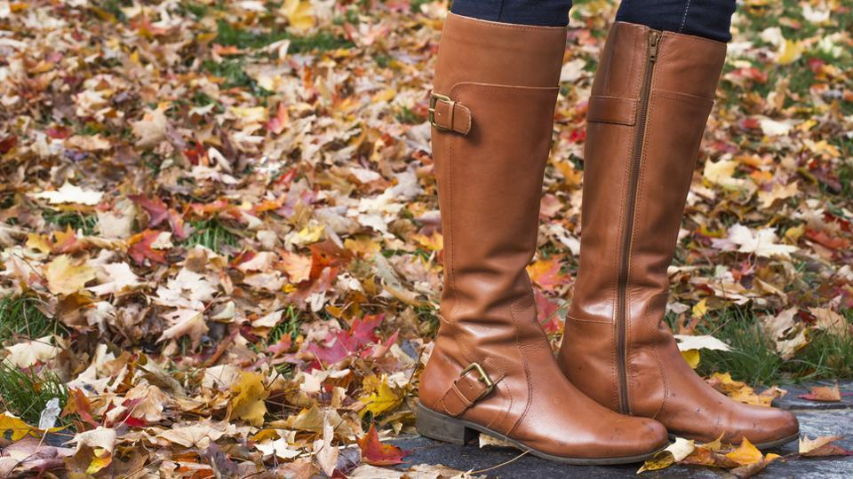 Boots are effortlessly stylish and easy to wear.