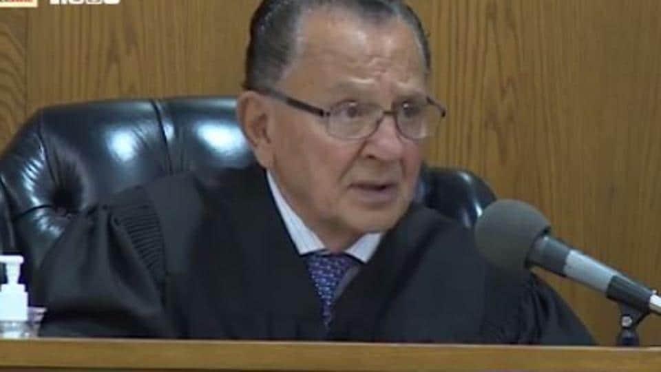 Caught in Providence,Judge Frank Caprio,US judge