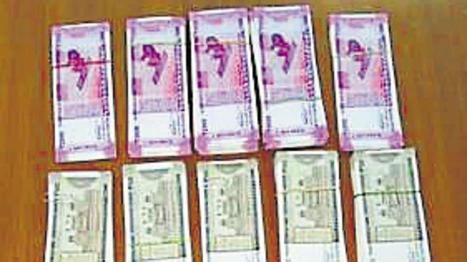 The agency seized Rs 9.75 lakh in fake Rs 2,000 and Rs 500 notes from Khan.