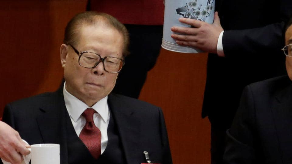 Former Chinese President Jiang Zemin (L) and Chinese Premier Li Keqiang attend the opening of the 19th National Congress of the Communist Party of China at the Great Hall of the People in Beijing, China on October 18.