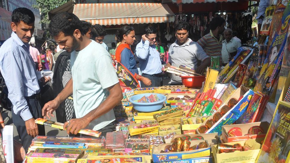 Uttarakhand,Desi patakhe,firecrackers