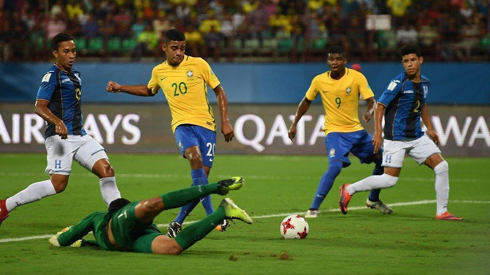 Brazil coach Carlos Amadeu believes his side's experience of playing in front of big crowds like Kolkata will help them in the quarterfinals.