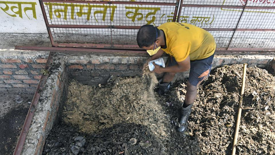 Composting is ongoing at Nehrunagar slum in Andheri.