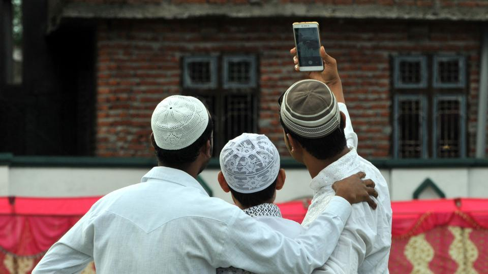 In the fatwa issued Deoband said that posting photos of self or family on social media sites is not allowed in Islam.