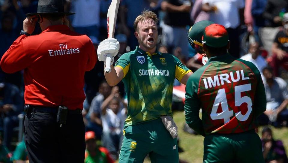 South Africa's AB de Villiers (C) celebrates after scoring a century during the second ODI against Bangladesh at Boland Park in Paarl on Wednesday.