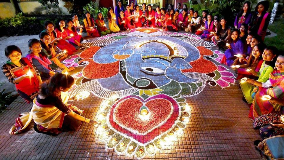 On Twitter, many people objected to the use of 'Diwali Mubarak' as a greeting.
